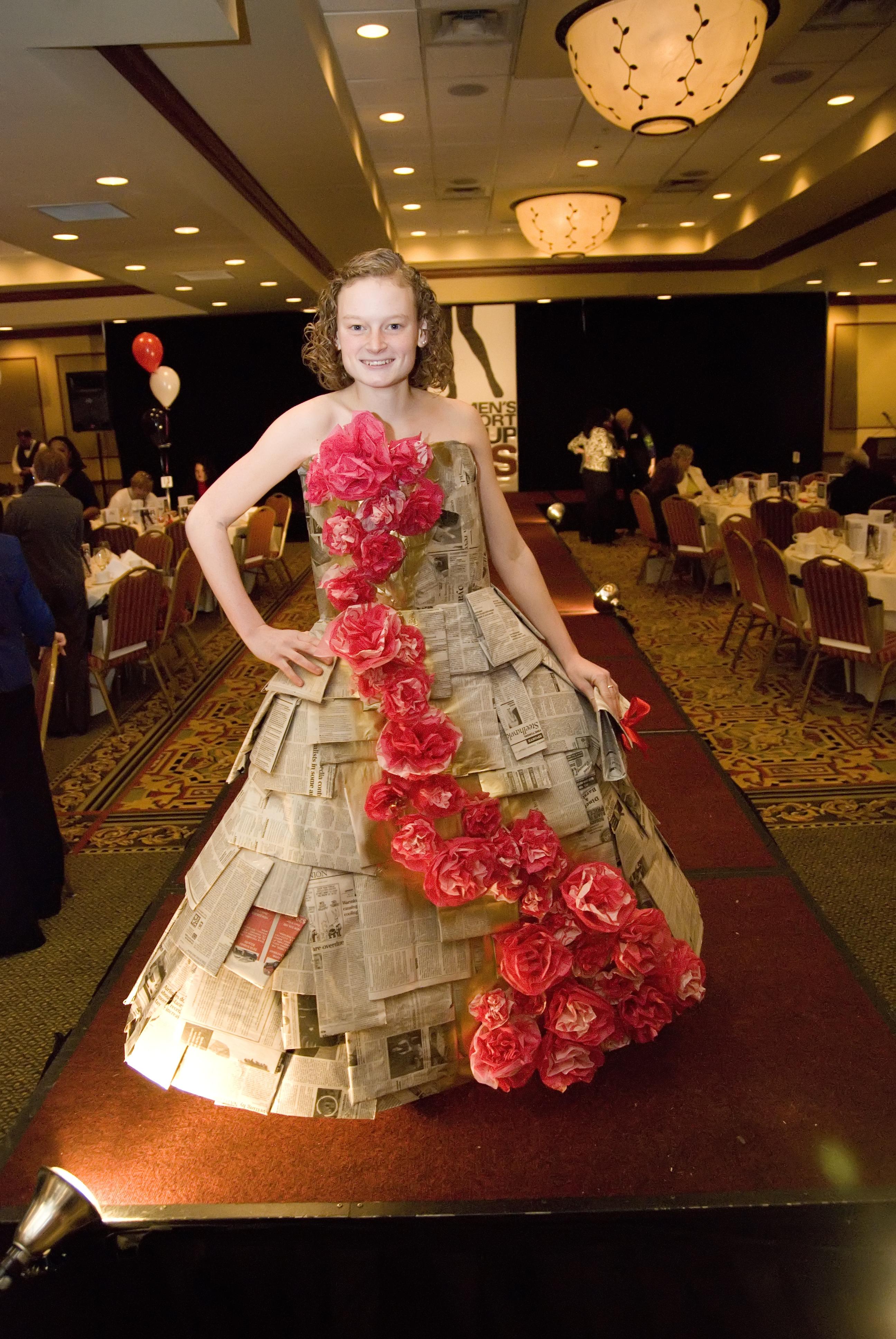 fashion news complimentcloset page  ellie schneeberger klotz